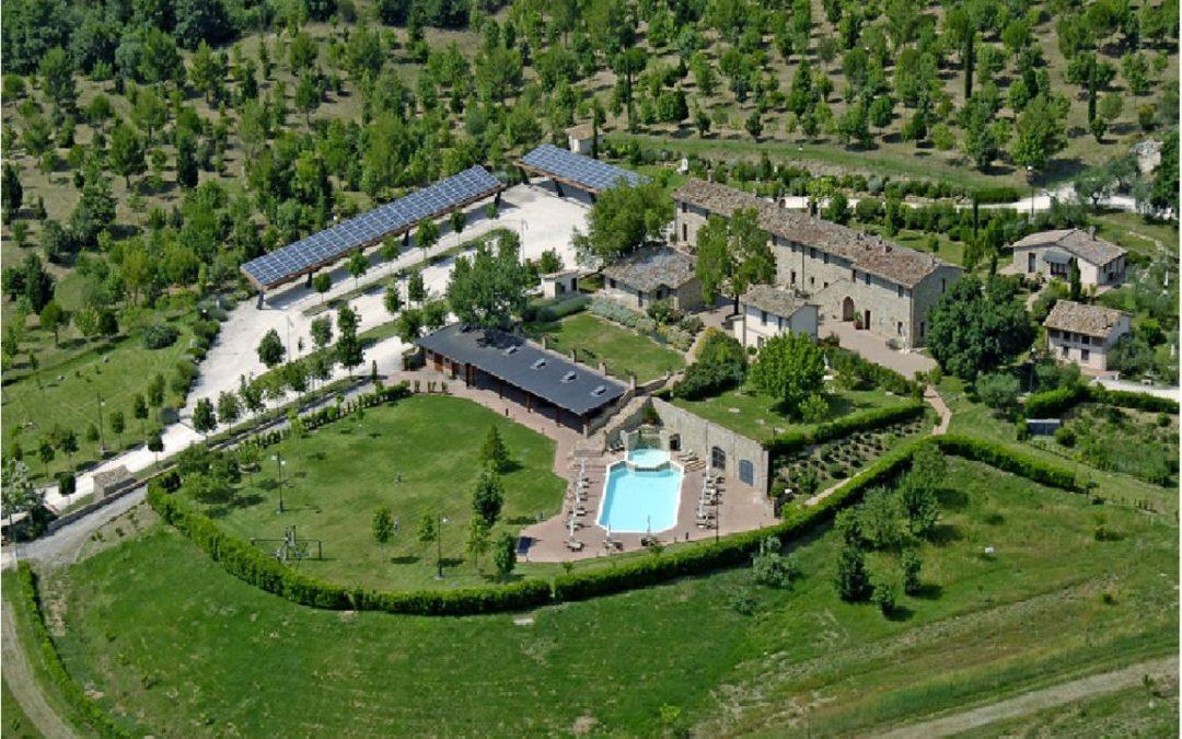 Agriturismo con appartamenti e piscina L'Ulivo del Trasimeno