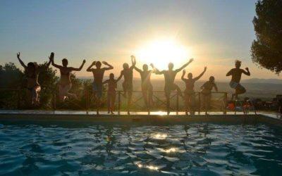 Agosto a Torgiano in Appartamenti Vacanza con Piscina, Barbecue e Parco Giochi