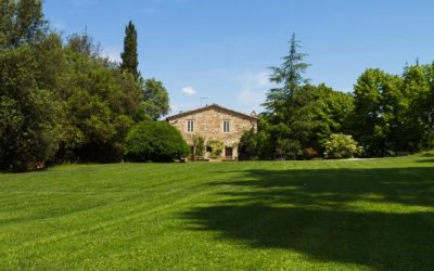Holiday Farmhouse Apartments with pool in Perugia