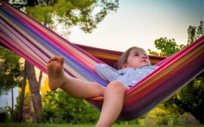 Giochi e idee rilassanti da fare in casa con i bambini