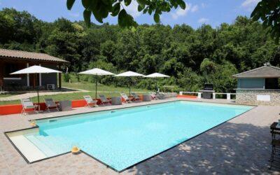 Lastminute AGOSTO in Agriturismo con ristorante e piscina alle Marmore!