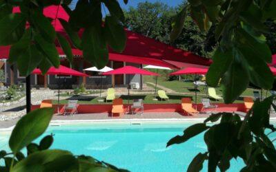 Lastminute GIUGNO in Agriturismo con fattoria, ristorante e piscina a Terni!