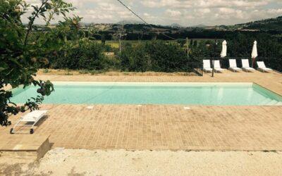 GIUGNO in appartamenti vacanza con piscina e barbecue ad Assisi