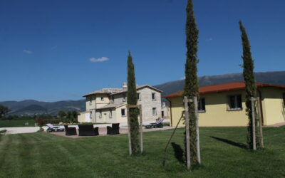 Last second GIUGNO in Agriturismo con appartamenti vacanza in campagna a Montefalco