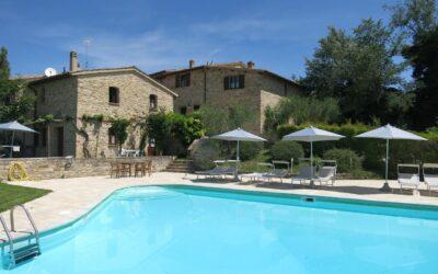 Lastminute GIUGNO in Umbria in casa vacanza con barbecue, piscina e parco giochi