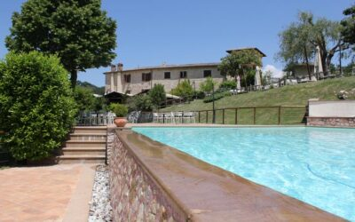 Offerta AGOSTO in Umbria, Country House con Piscina Salata a Spoleto
