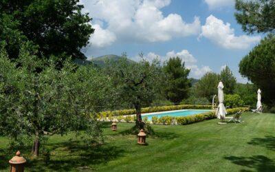 AGOSTO a Perugia in Agriturismo con giardino, barbecue e piscina salata