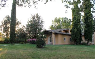 AGOSTO in Umbria in Hotel per famiglie con ristorante e piscina a Montefalco