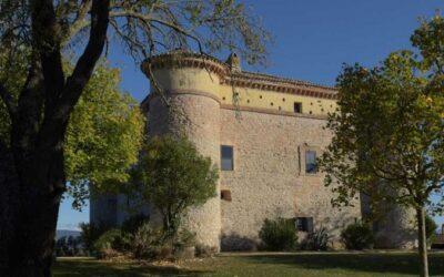Lastminute AGOSTO, appartamenti family in castello con fattoria vicino Terni