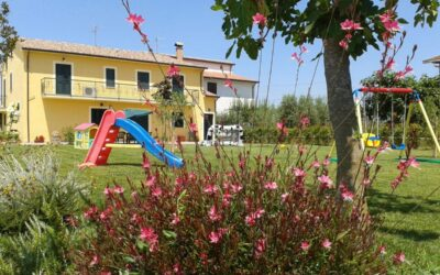 Lastminute WEEKEND in Agriturismo con appartamenti vacanza e piscina ad Assisi