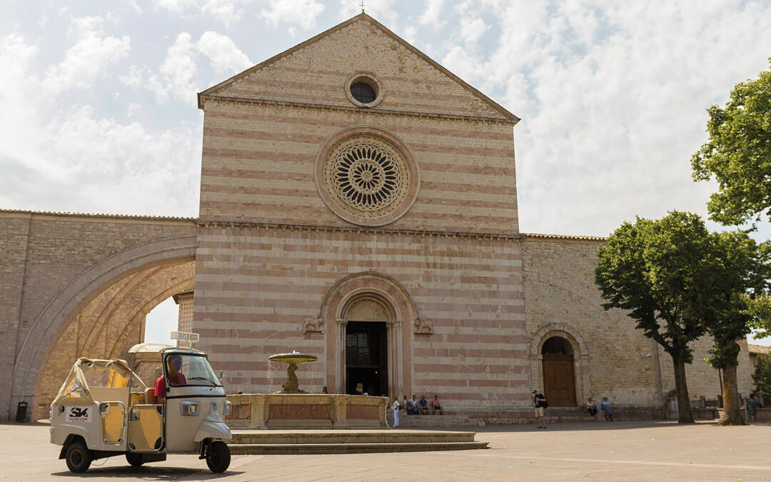 Visitare Assisi in Ape Calessino