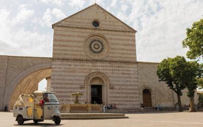 Visitare Assisi in Ape Calessino