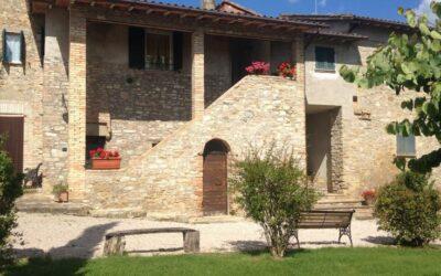 Agriturismo con Piscina la Fattoria di Perugia