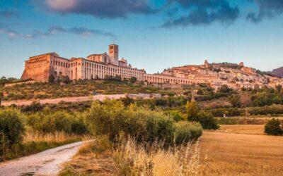 AGOSTO in Agriturismo con ristorante e piscina ad Assisi!