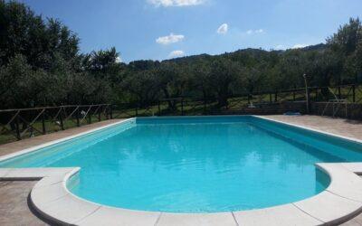 Lastminute GIUGNO in Agriturismo Diffuso con piscina e ristorante vicino Assisi