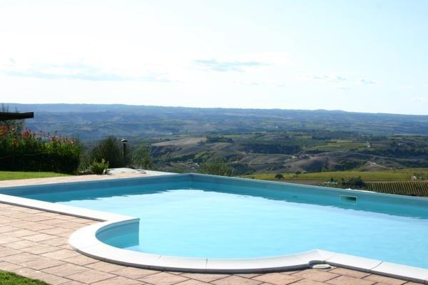 Vacanze di SETTEMBRE in appartamenti con Piscina Riscaldata vicino Terni