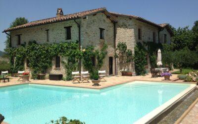 Luxury Villa dei Castelli – Relax per 12 persone con piscina privata in Umbria!